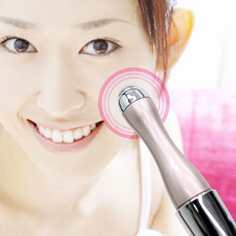 美容成分が角質層まで届く! ハンディ イオン導入器 ピンク